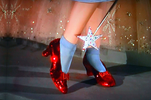 ruby-slippers-wizard-of-oz.jpg