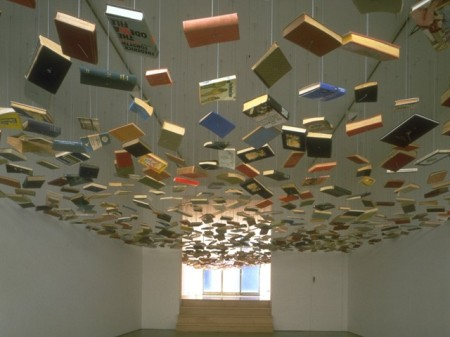 bookceiling-704387