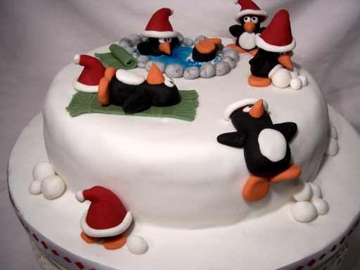 Christmas Cake Ideas With Penguins : Custom Cakes: Cake My Day Girl from the Hills Blog