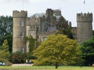 malahide_castle_large_large